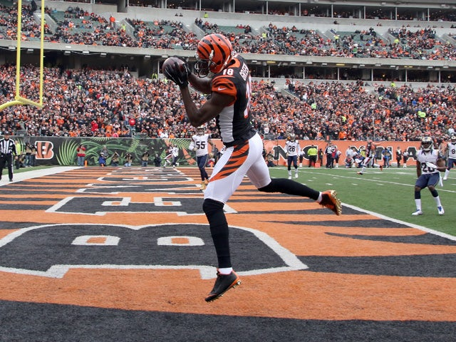 A.J. Green #18 of the Cincinnati Bengals makes a touchdown catch during the first quarter against the St. Louis Rams at Paul Brown Stadium on November 29, 2015