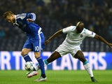 Dynamo Kiev's forward Andriy Yarmolenko (L) vies with Porto's midfielder Danilo Pereira during the UEFA Champions League Group G football match FC Porto vs FC Dynamo Kyiv at the Dragao stadium in Porto on November 24, 2015