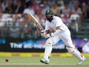 Sri Lanka lose four quick wickets