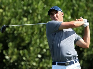 Jordan Spieth plays his shot from the first tee during round two of the Hyundai Tournament of Champions on January 8, 2016