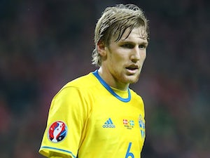 Emil Forsberg in action for Sweden on November 17, 2015