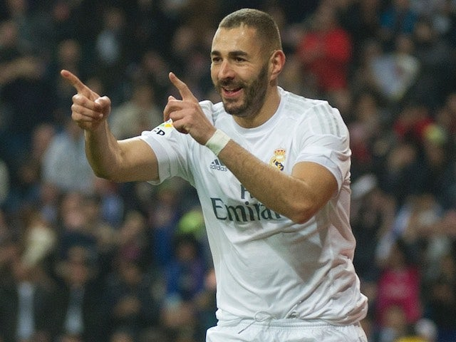 Striker Karim Benzema extends contract with Real Madrid till 2021