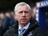 Alan Pardew ahead of the Premier League match between Crystal Palace and Norwich City on April 9, 2016