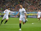 Vitolo celebrates the opener during the Europa League semi-final between Shakhtar Donetsk and Sevilla on April 28, 2016