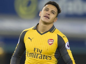 PSG 'lining up Alexis Sanchez move'