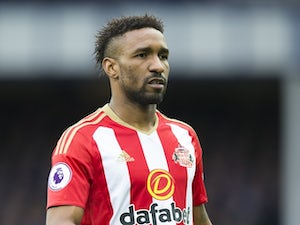 Defoe 'after £100,000-a-week deal, £6m signing-on fee'