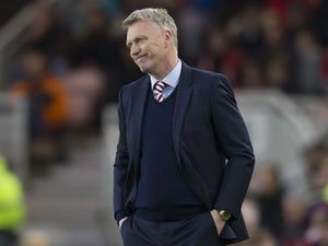 David Moyes looks dejected during the Premier League game between Middlesbrough and Sunderland on April 26, 2017
