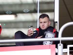 Jack Wilshere questions newspaper tweet