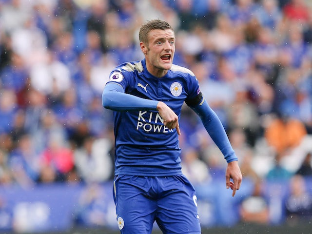 Jamie Vardy in action during the Premier League game between Leicester City and Brighton & Hove Albion on August 19, 2017