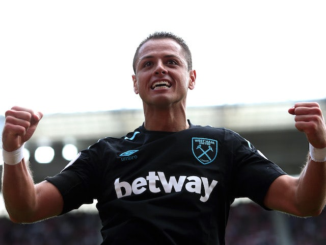 Javier 'Chicharito' Hernandez celebrates scoring during the Premier League game between Southampton and West Ham United on August 19, 2017