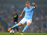 Kevin De Bruyne in action during the Premier League game between Manchester City and Everton on August 21, 2017