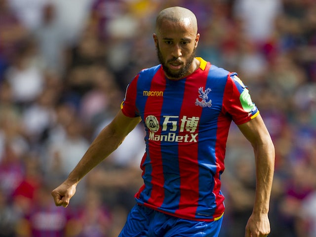 Andros Townsend in action during the Premier League game between Crystal Palace and Swansea City on August 26, 2017