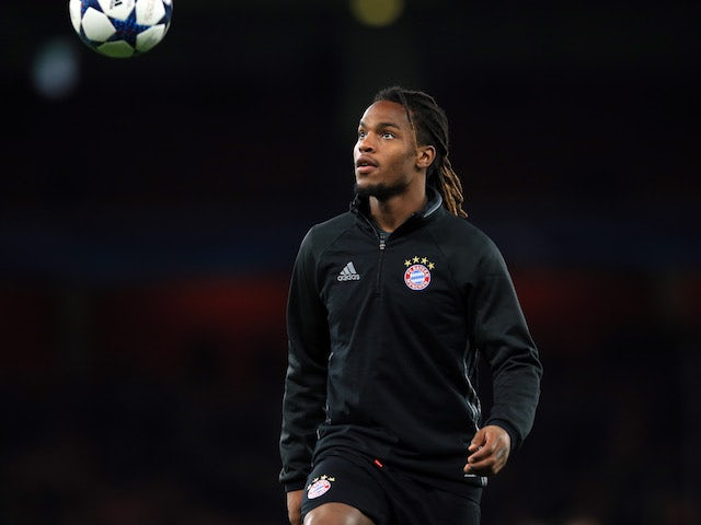 Bayern Munich midfielder Renato Sanches warms up
