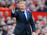 Ronald Koeman shouts orders during the Premier League game between Manchester United and Everton on September 17, 2017