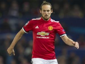 Man United 'block Blind exit'