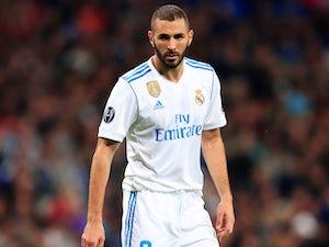 Zidane: 'Benzema season complicated'