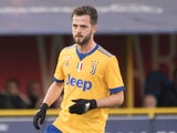 Miralem Pjanic in action for Juventus on December 17, 2017