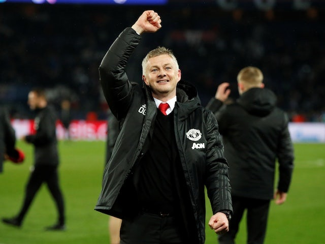 Norwegian fans honour Solskjaer with church rendition of Glory Glory Man United
