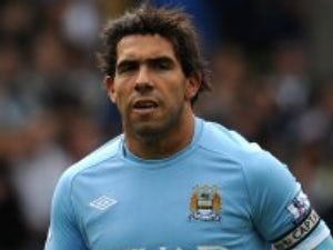 Tevez meets Inter sporting director on holiday
