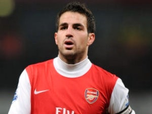 Fabregas 'tells Arsenal he's leaving'