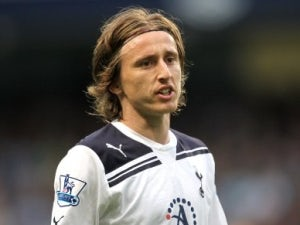 Spurs tell Modric he's staying put