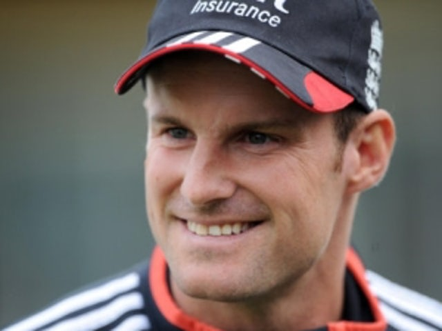 Strauss concerned over Test cricket