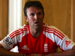 Graeme Swann fit for third Test