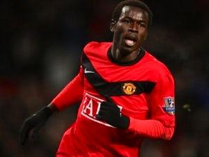 United striker Diouf plays down Blackpool talk