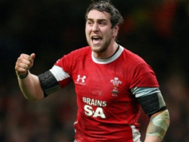 Trio fit for Wales