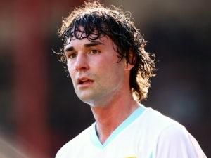 Bolton Wanderers sign Burnley pair