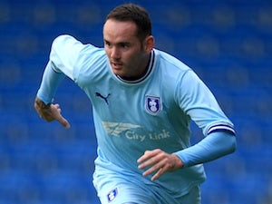 Coventry's McPake, Bell agree new deals