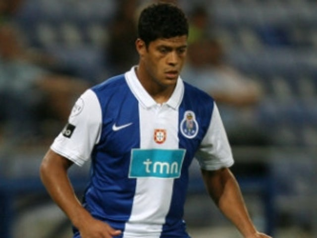 Chelsea close in on Hulk deal