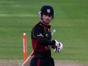 Collingwood signs new Durham deal