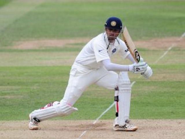 Dravid dismisses rift rumours