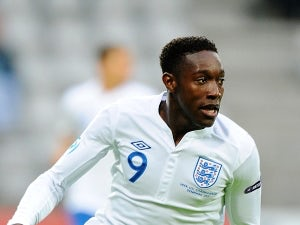 Team News: Welbeck, Cleverley start for United