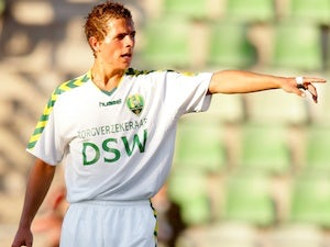 Verhoek pulls out of Forest move