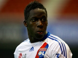 Liverpool to sign Aly Cissokho?