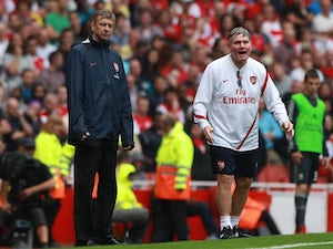 Wenger: 'I don't need a new coach'