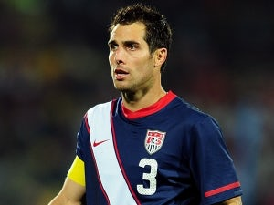 Rangers sign Carlos Bocanegra