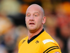 Castleford pair sign new contracts