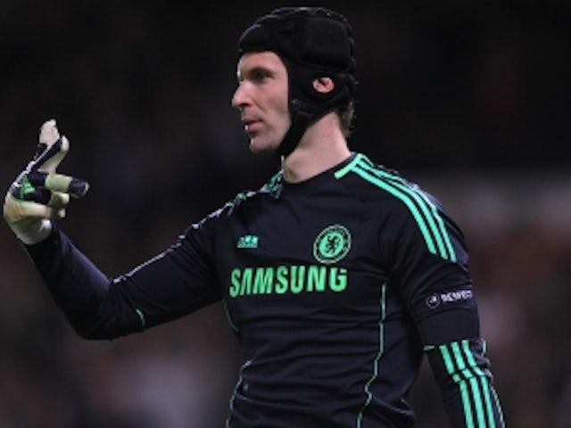 Petr Cech admires Iker Casillas 8eb55b4f9