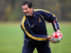 Deans extends Australia contract