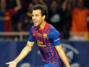 Keown: 'Fabregas should stay with Barca'