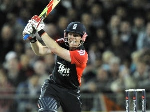Result: England beat South Africa by four wickets