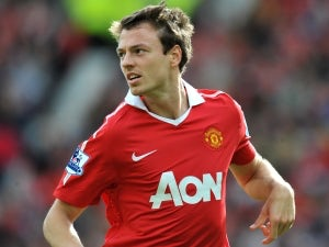 Evans defends Man Utd performances
