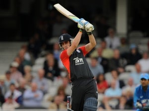 England set South Africa 119