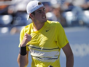 Isner wants Serena partnership