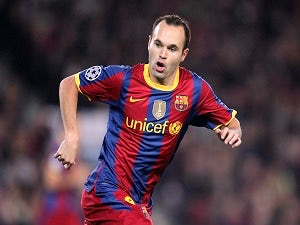 Team News: Iniesta starts on the bench