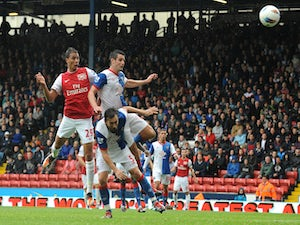 Three clubs in Chamakh chase