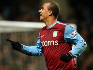 McLeish: Agbonlahor can replace Bent